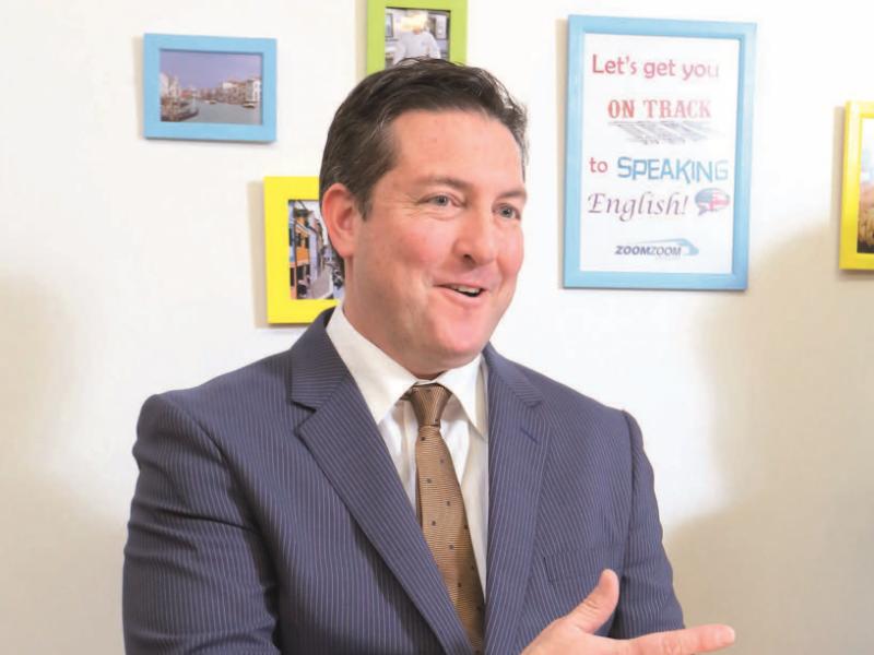 英会話教室「Zoom Zoom EngIish」代表取締役 ジェイソン・ルイスさん