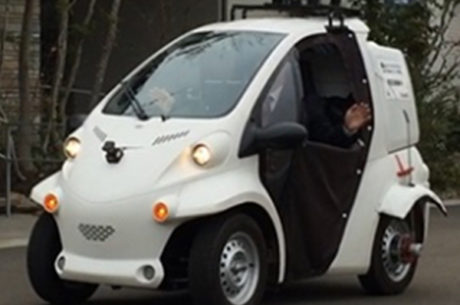 小型EV車両の自動走行の様子